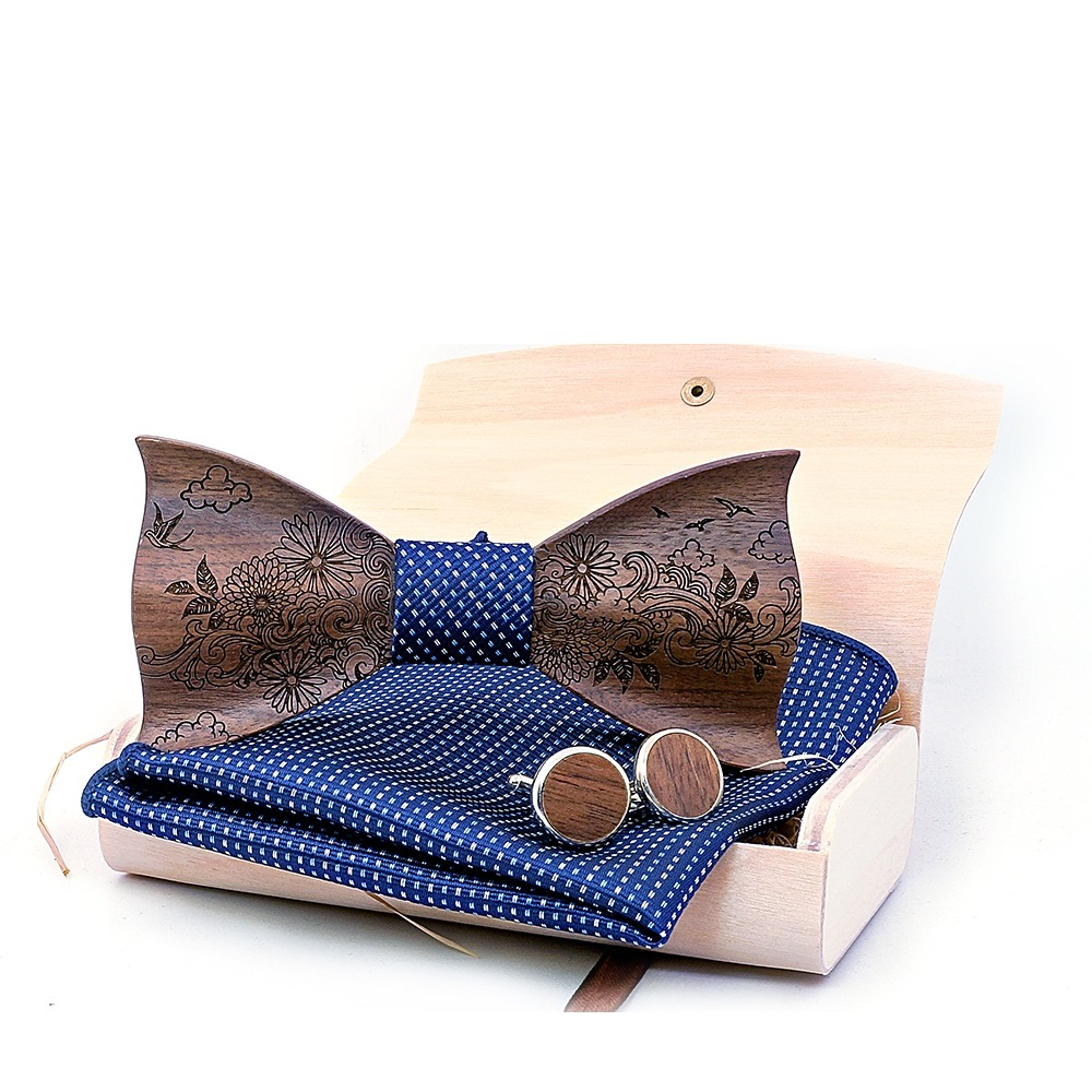 f1b5a6354 Pánsky drevený motýlik set s vreckovkou - jupitershop.sk